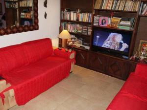 Uma área de estar em Ganesha Guest Home