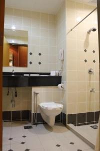 حمام في فندق بوترا كوالالمبور