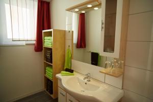 Ein Badezimmer in der Unterkunft Business Homes - Das Apartment Hotel