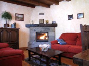 A seating area at Casa Rural Burret