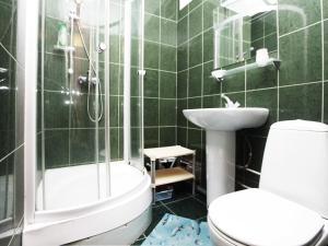 Ванная комната в ApartLux Речной