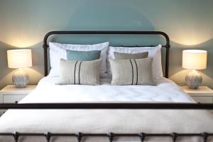 Krevet ili kreveti u jedinici u objektu The Bath Arms Hotel