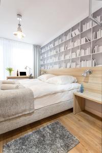 Łóżko lub łóżka w pokoju w obiekcie Smart Hotel