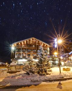 Hôtel Le Refuge during the winter