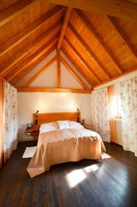 Ein Bett oder Betten in einem Zimmer der Unterkunft Restaurant & ****Hotel HÖERHOF