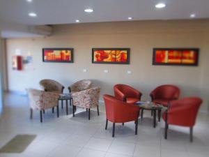 El lobby o recepción de Hotel Llota Queens en Frias