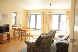 Ein Sitzbereich in der Unterkunft Appartementhaus Alter Speicher