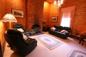 A seating area at B & B at Winterbrook