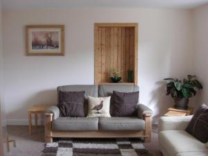 A seating area at Seggat Farm Holiday Cottages