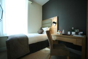 A room at Best Western The Boltons Hotel London Kensington