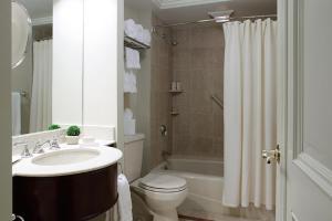 A bathroom at The Lenox