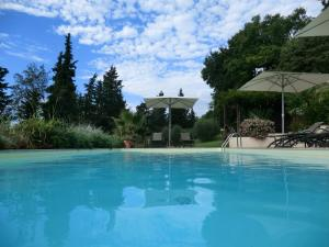 The swimming pool at or near Agriturismo Floriani