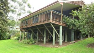A garden outside Ravensbourne Escape - Cedar Lodge
