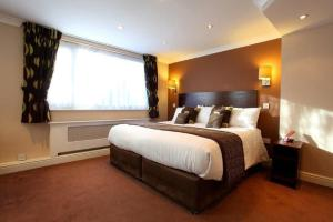 A bed or beds in a room at Dolphin SA1