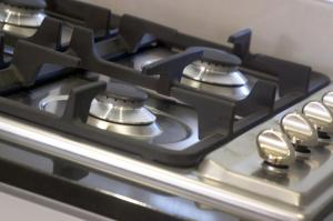 A kitchen or kitchenette at L'Auberge @ Noosa