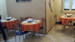 A restaurant or other place to eat at Hotel Casanova