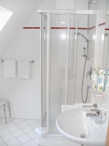 Ein Badezimmer in der Unterkunft Gästehaus Appelberg