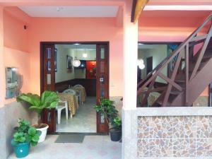 The lobby or reception area at Pousada Vila Nova