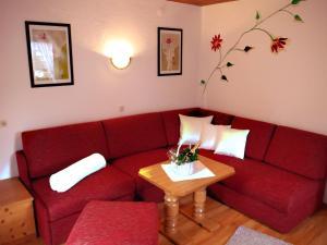 Ein Sitzbereich in der Unterkunft Haus Hoher Sattel