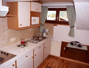 Küche/Küchenzeile in der Unterkunft Haus Hoher Sattel