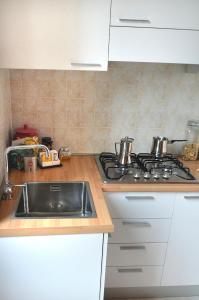 Een keuken of kitchenette bij B&B Piazza Vecchia