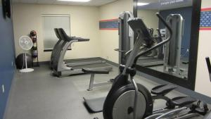 The fitness center and/or fitness facilities at Hampton Inn Topeka