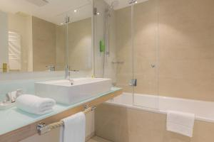 Ein Badezimmer in der Unterkunft Hotel Der Seehof
