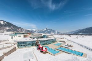 Tauern Spa Hotel & Therme during the winter