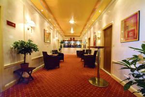 Lobby/Rezeption in der Unterkunft Traveller Hotel