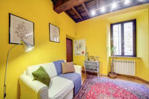 Coin salon dans l'établissement Apartment Spanish Steps