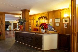The lobby or reception area at Hotel Dolonne