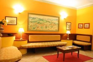 Un lugar para sentarse en Hotel Sara