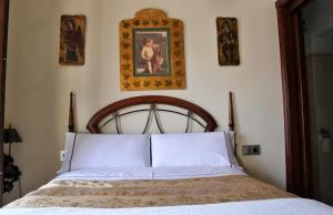 Cama o camas de una habitación en CANDIL Comares by Alhambra Suite