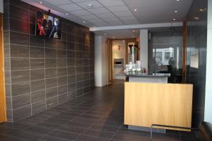 The lobby or reception area at Hotel Keilir by Keflavik Airport