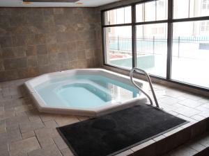 The swimming pool at or near Jackson Hole Towncenter, a VRI resort