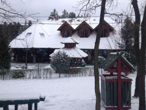 Napkorong Fogadó és Vendégház during the winter