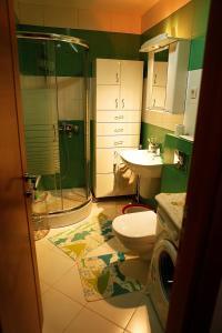 A bathroom at Studio Apartment Nika Anđusa