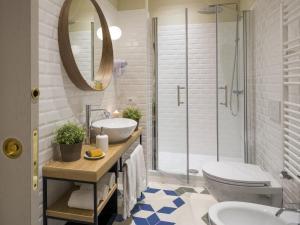 A bathroom at Alfieri9