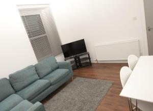 A seating area at Aberdeen Serviced Apartments: Charlotte street