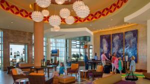 A restaurant or other place to eat at Hilton Garden Inn Virginia Beach Oceanfront