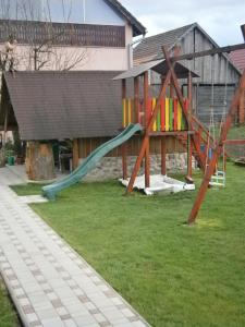 Herní místnost nebo prostor pro děti v ubytování Viktoria