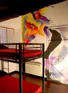 A bunk bed or bunk beds in a room at Albergue Abarun Aterpea