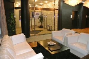 A bathroom at Hakuba Echo Hotel