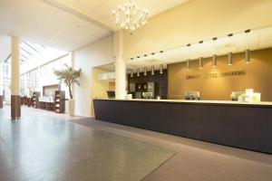 The lobby or reception area at Quality Hotel Tønsberg