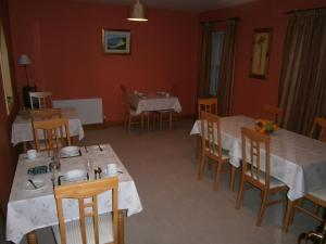 A restaurant or other place to eat at St.Bridgets Bed and Breakfast