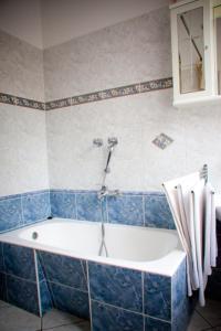 A bathroom at Hárs Thermál Hotel