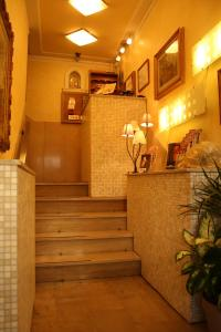 The lobby or reception area at Albergo Il Giglio