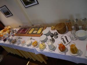 Frühstücksoptionen für Gäste der Unterkunft Hotel Deutsche Eiche
