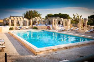 Piscina di Le Cale D'Otranto Beach Resort o nelle vicinanze