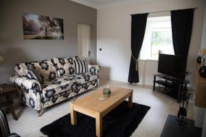 A seating area at Ardagh Suites Self Catering
